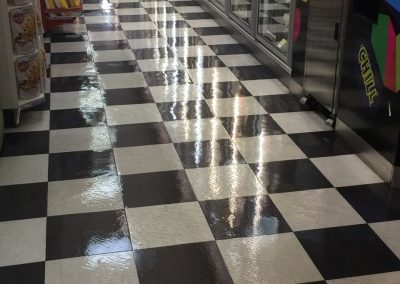 We use environmentally sustainable stripping chemicals and sealants for cleaning of vinyl floors like for this supermarket in Frewille